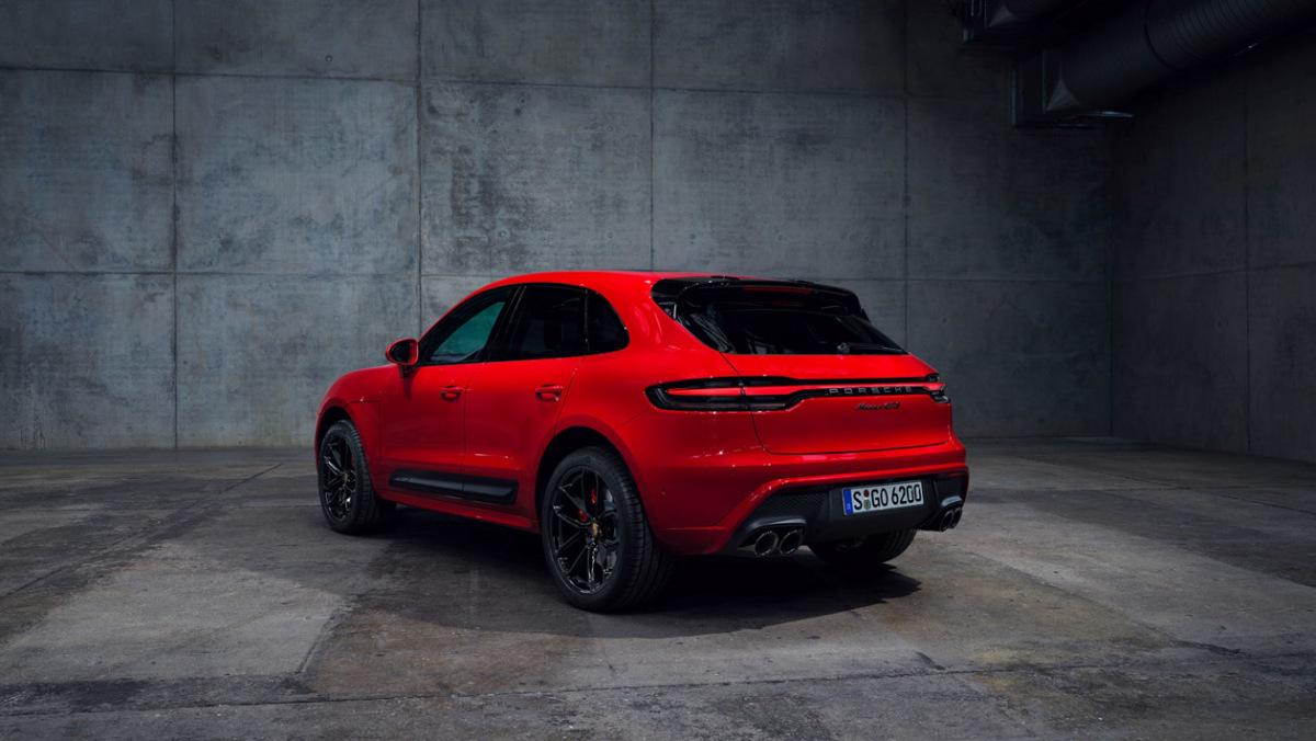 021-Porsche-Macan-2