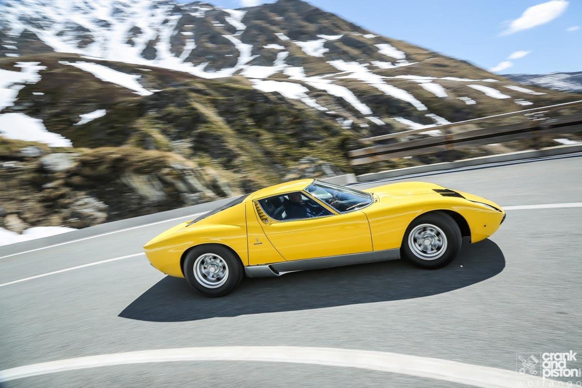 1966 Lamborghini Miura-33