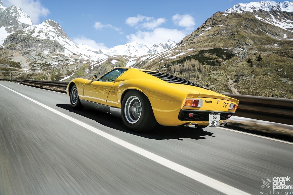1966 Lamborghini Miura-40