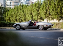 jaguar-e-type-dubai-008