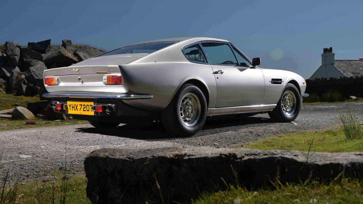 1978-Aston-Martin-V8-Vantage-2