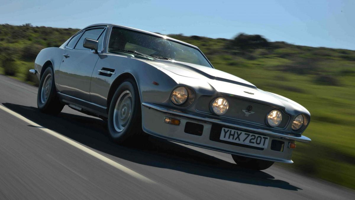 1978-Aston-Martin-V8-Vantage-5