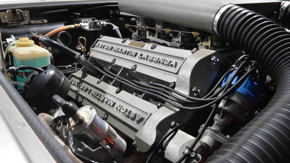 1978-Aston-Martin-V8-Vantage-6