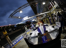 2013-24-hours-of-le-mans-halfway-002