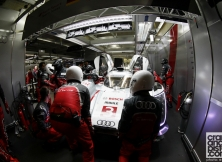 2013-24-hours-of-le-mans-halfway-010