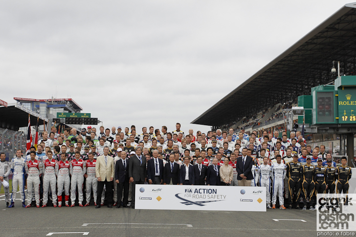 2013-24-hours-of-le-mans-start-012
