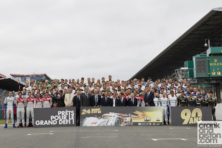2013-24-hours-of-le-mans-start-013