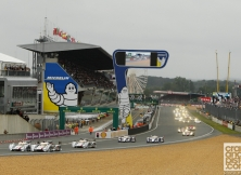 2013-24-hours-of-le-mans-start-014