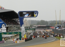 2013-24-hours-of-le-mans-start-010
