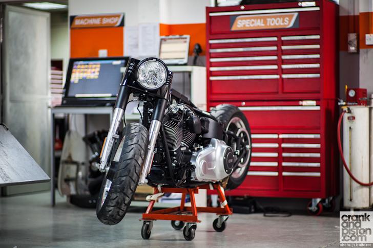 Harley-Davidson-Fatboy-Dubai-002