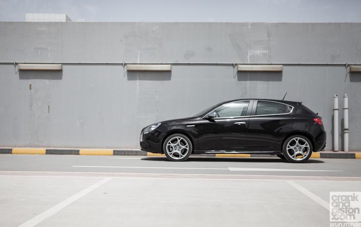 Alfa-Romeo-Giulietta-Dubai-UAE-003 - crankandpiston.com on giulietta and romeo, uggs on sale men's romeo, things that describe romeo, alpha romeo, ver videos de romeo, alpine romeo, marseille romeo,