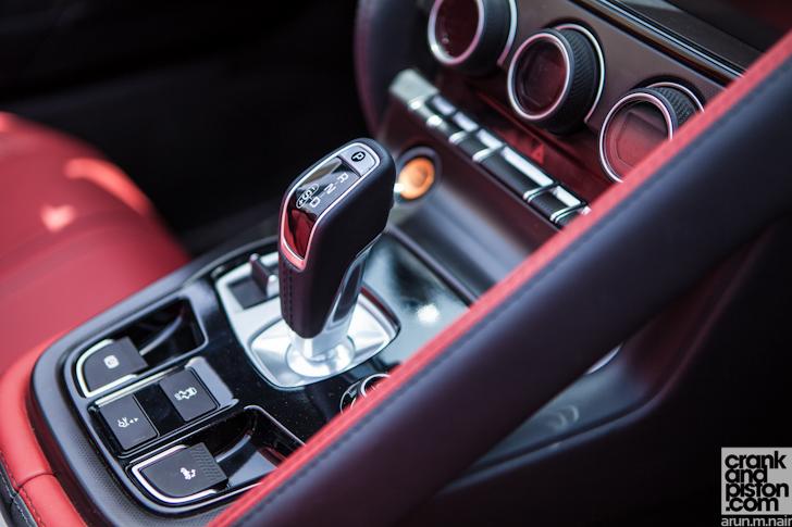 Jaguar-F-Type-Dubai-UAE058