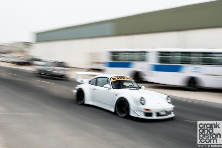 RAUH-Welt-Porsche-Nakai-San-Dubai-UAE-040