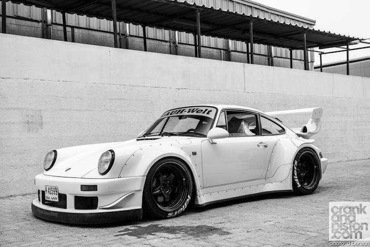 RAUH-Welt-Porsche-Nakai-San-Dubai-UAE-048