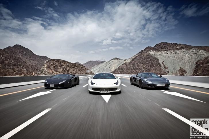 Lamborghini-Aventador-Ferrari458-Italia-McLAren-MP4-12C-Wallpapers-001