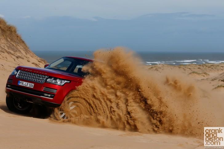 Range-Rover-Launch-Morocco-Wallpaper-002