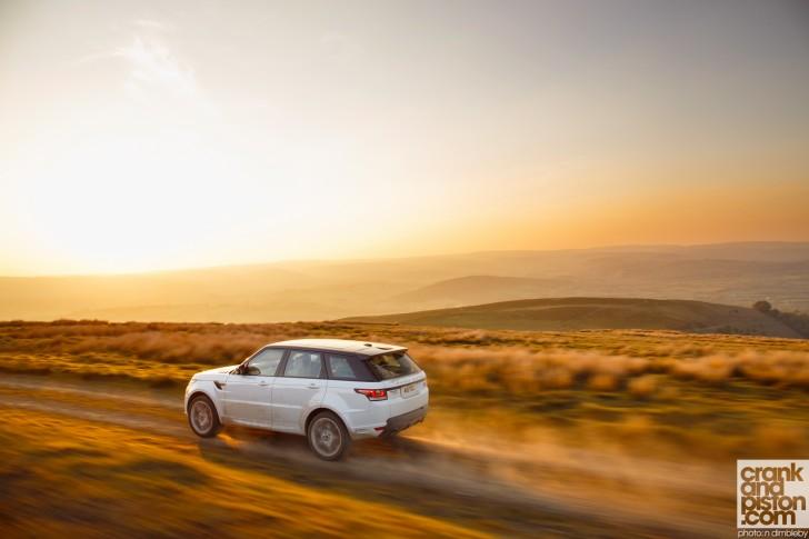 Range-Rover-Sport-UK-Wallpaper-004