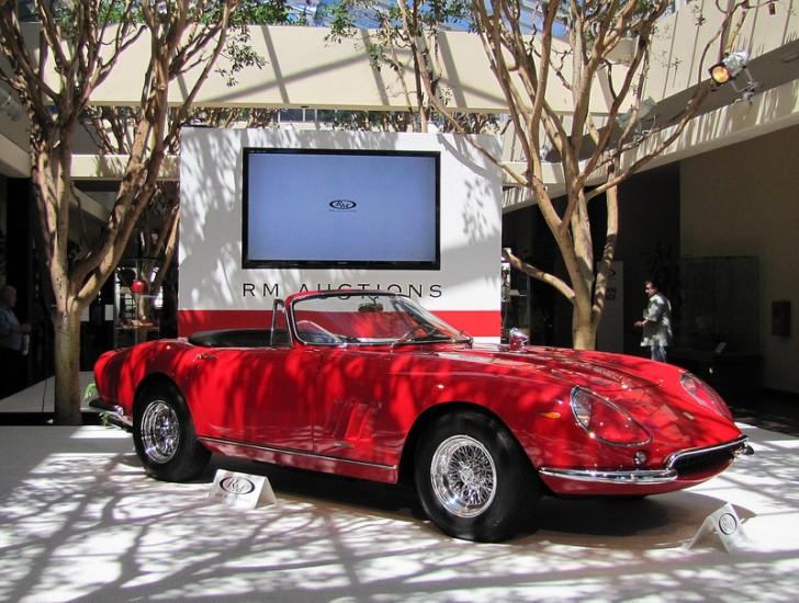 Monterey Ferrari 275