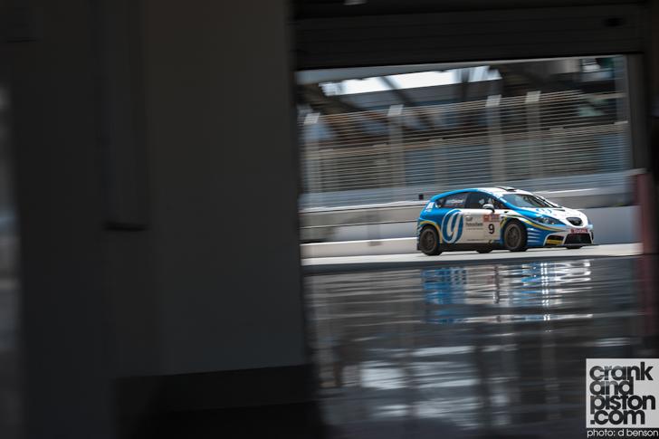 2013-2014-Season-Dubai-Autodrome-08
