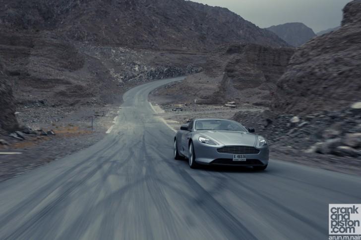 Bentley-Continental-GT-Speed-Aston-Martin-DB9-Dubai-UAE-Wallpapers-04