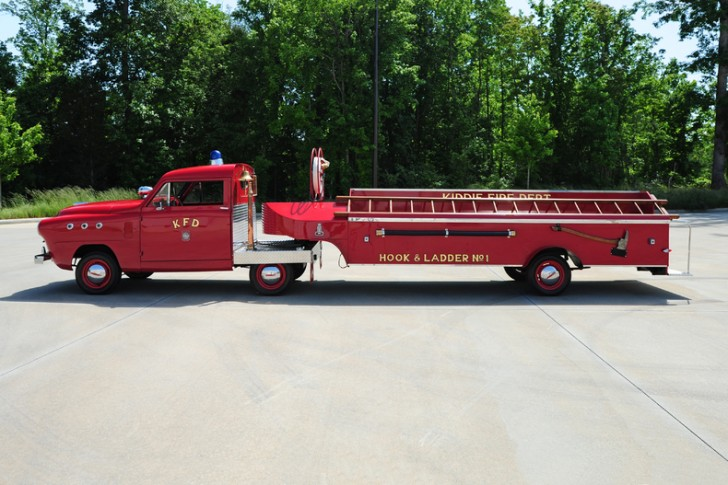 1951-Crosley-Fire-Engine-Hook-Ladder_12414_low_res