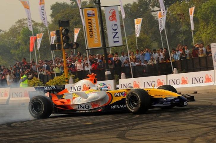 ING-Renault-F1-Team-2008-India-New-Delhi-Fernando-Alonso-Nelson-Piquet-Jr-Buddha-International-Circuit-Indian-Grand-Prix