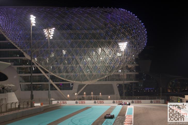 2013-Formula-1-Abu-Dhabi-Grand-Prix-32
