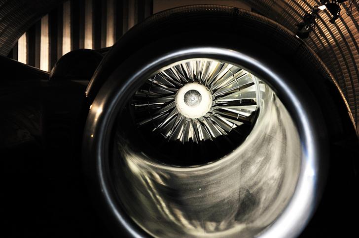 Thrust-SSC-World-Land-Speed-Record-02