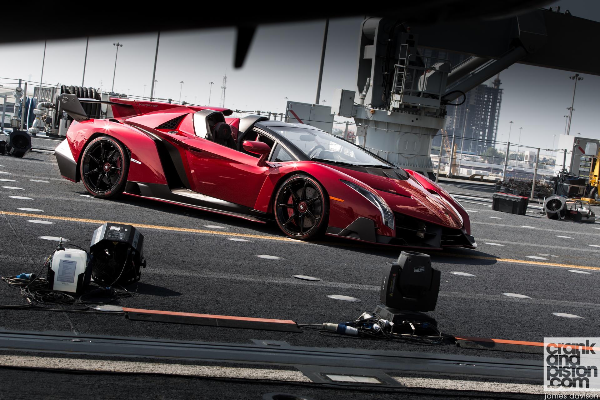 Lamborghini Veneno Roadster - crankandpiston.com