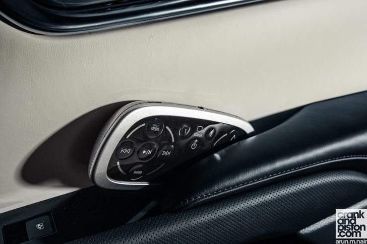 2014 Chevrolet XTS Twin-Turbo 13