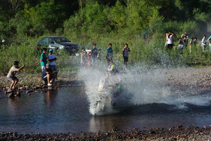 2014-dakar-rally-shakedown-13