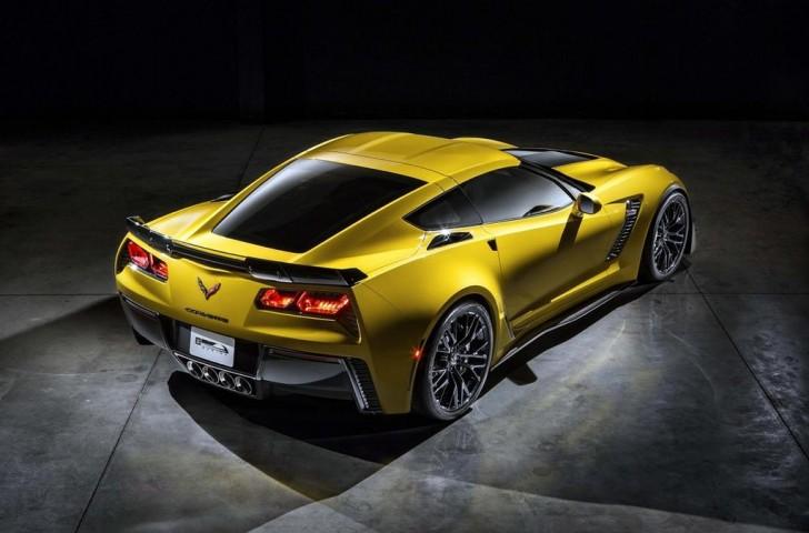 2015-Corvette-Z06-back