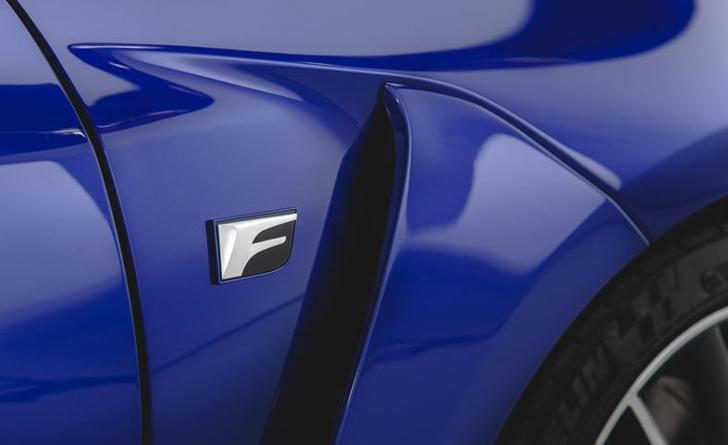 Lexus RC F-11