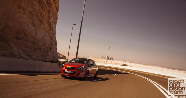 Opel-Corsa-OPC-09