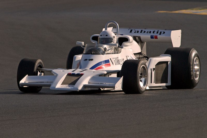 Ten-Unexpectedly-Cool-Formula-1-Liveries-02