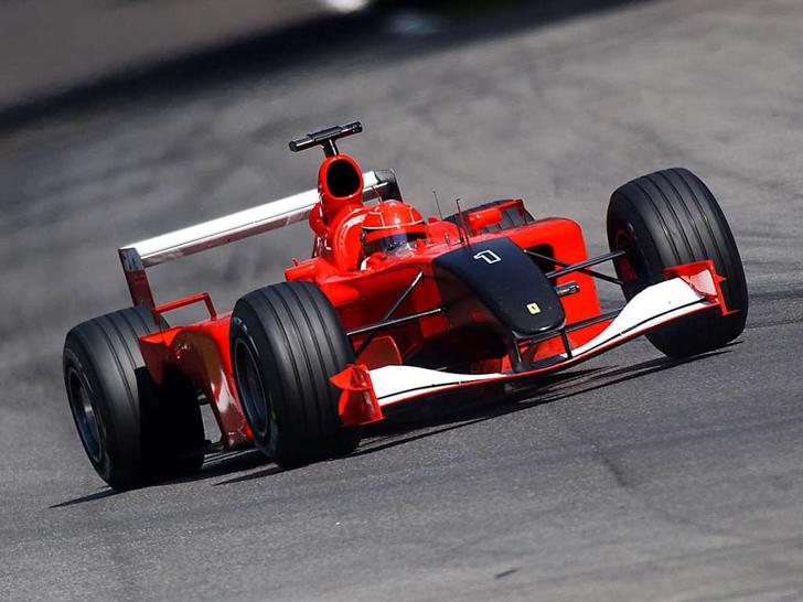 Ten-Unexpectedly-Cool-Formula-1-Liveries-12
