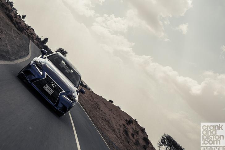 Cadillac-ATS-vs-Lexus-IS350-F-Sport-46