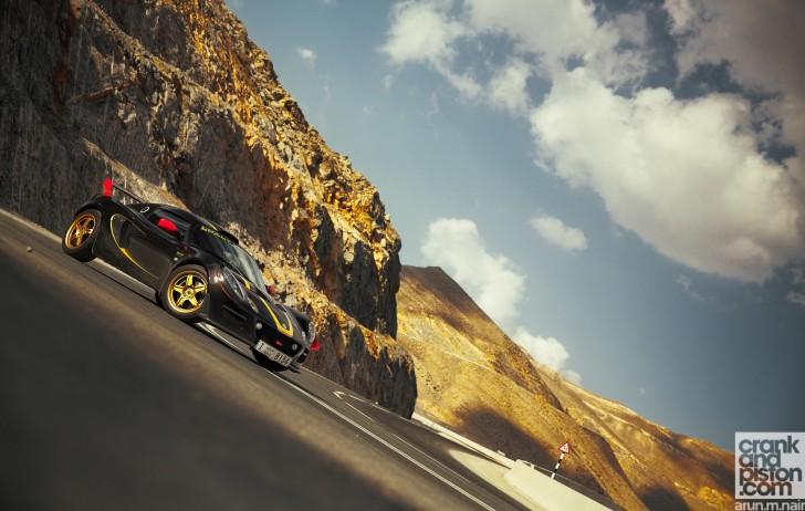 Ferrari-F430-Scuderia-Porsche-Cayman-R-Lotus-Exige-Cup-260-Wallpaper-07