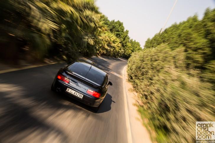 Porsche-968-Club-Sport-Dubai-Wallpapers-02