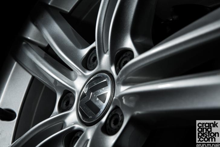 Volkswagen-Passat-Journals-04