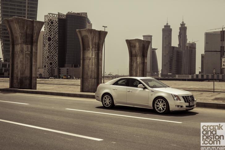 2010-Cadillac-CTS-02
