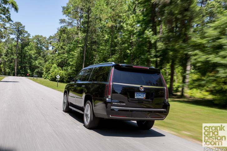 2015-Cadillac-Escalade-ESV-25