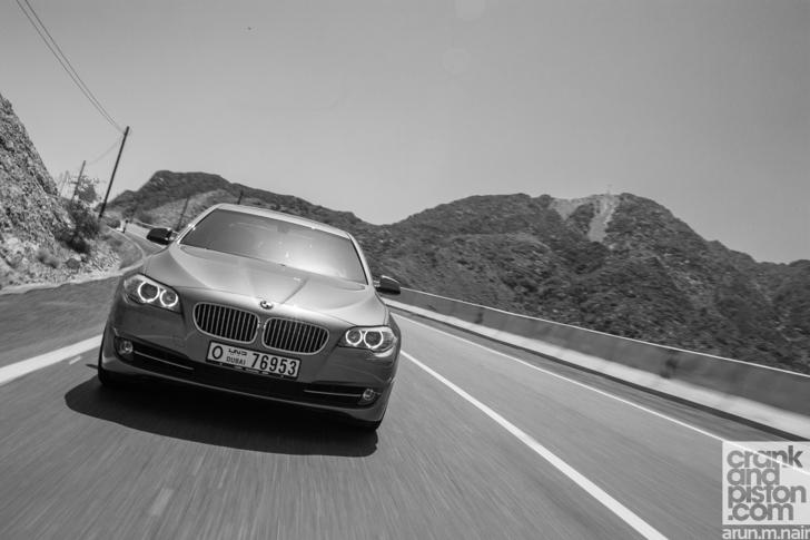 BMW-535i-Lexus-GS350-F-Sport-Hyundai-Genesis-18