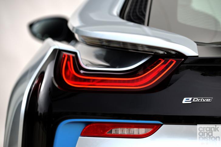 BMW-i8-driven-103
