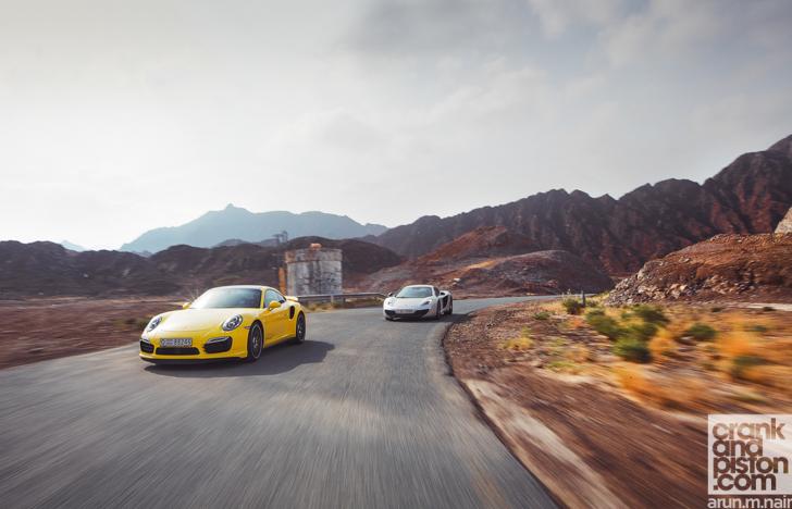 Porsche-911-Turbo-S-McLaren-12C-Spider-31
