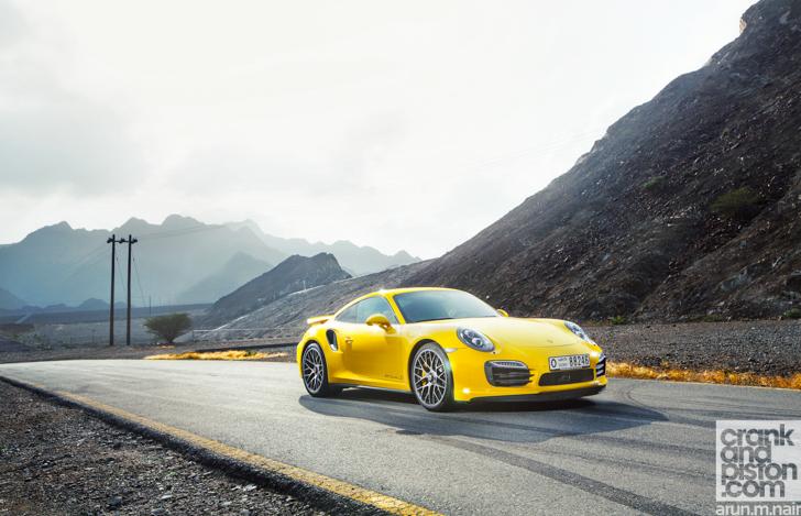 Porsche-911-Turbo-S-McLaren-12C-Spider-55