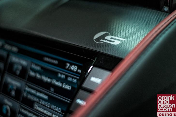 Jaguar F-TYPE V6 S Journals (September)-04