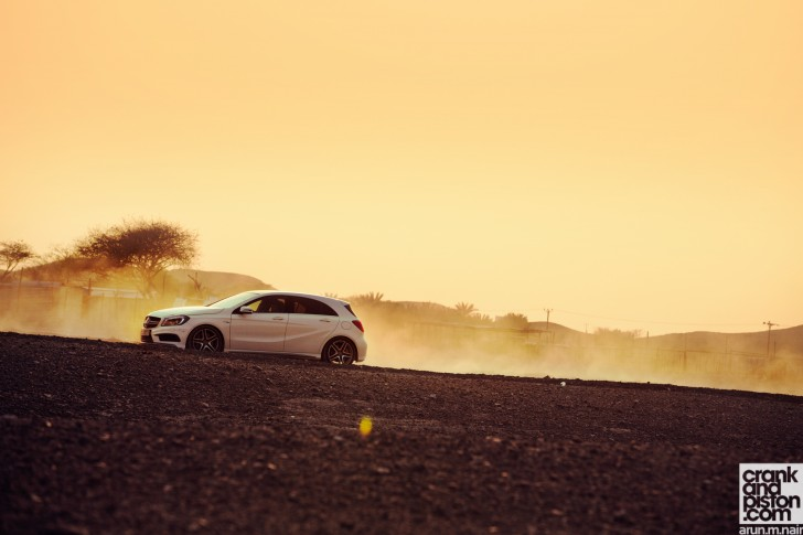 BMW M135i vs Mercedes-Benz A 45 AMG vs Volkswagen Golf R Wallpapers-06