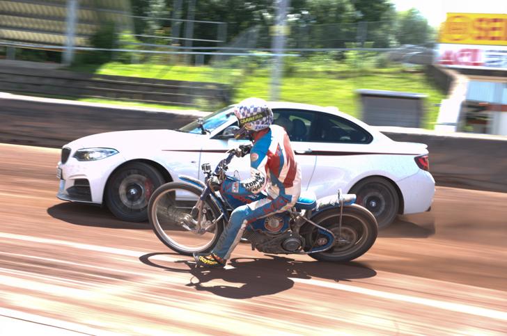 BMW M235i vs Speedway-10-01