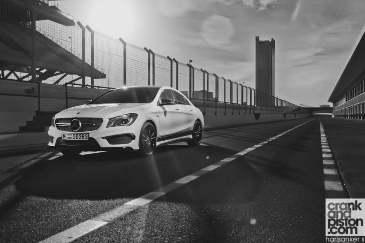 Mercedes-Benz CLA 45 AMG-07